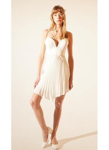 Tuba Ergin Elbise Beyaz